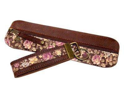 Federmäppchen Rosen braun rosa gewachstes Leder Schlüsselband