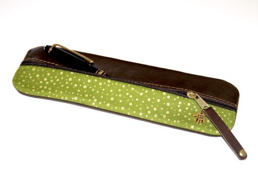 Federmäppchen Leder hellgrün gold punkte dunkelbraun