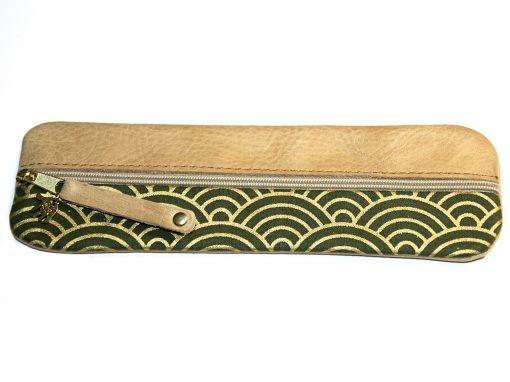 Federmäppchen grün gold Wellen groß Leder hell