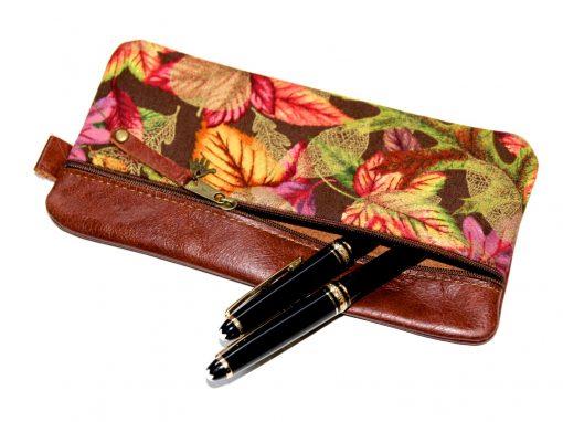 Federmäppchen, Leder rotbraun, groß Stoff Herbstblätter gold, Montblanc