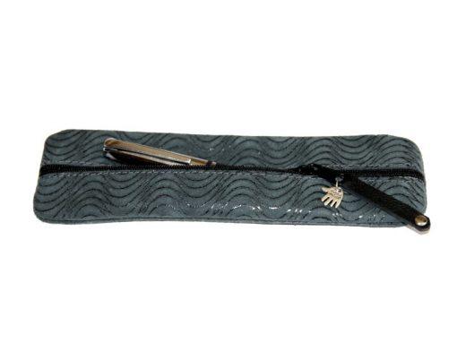 Federmäppchen grün Leder Struktur Wellen, türkis blaugrün Lehrer