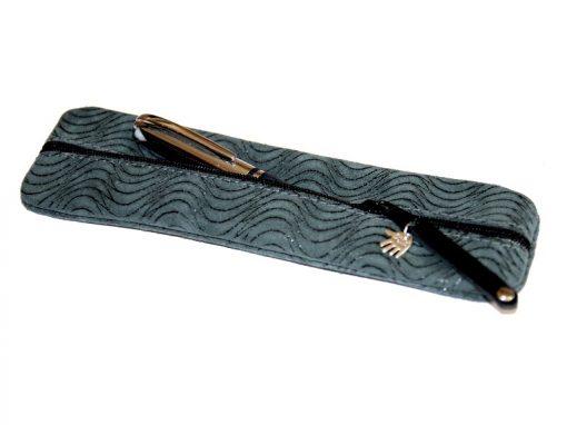 Federmäppchen grün Leder Struktur Wellen, türkis blaugrün