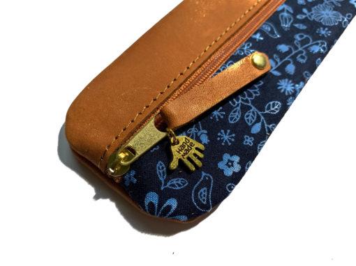Federmäppchen Leder Stoff hellblau dunkelblau